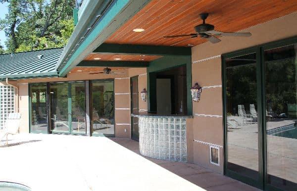 Rincon del Rio clubhouse patio
